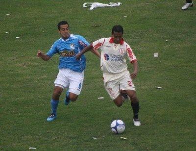 Universitario vs Cristal