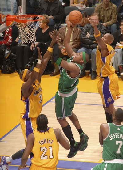 Boston vs LA Lakers