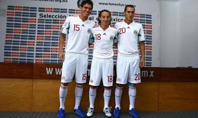 La selección mexicana cambia de vestimenta para el Bicentenario
