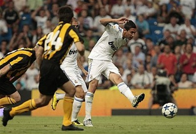 Real Madrid venció 2-0 al Peñarol