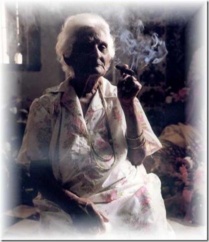 Vieja fumadora
