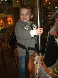 Trip to Stone Briar Mall November 2010 (6)