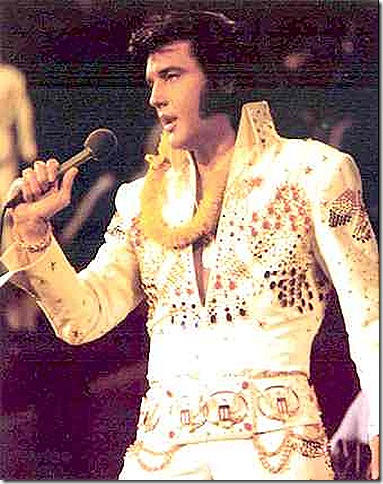 elvis_presley_on_stage