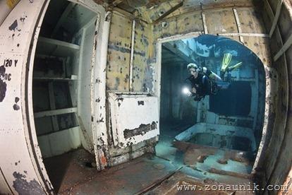 coolbeautifulprofessionalphotosremainsShipwrecksworldoceanseafloor8
