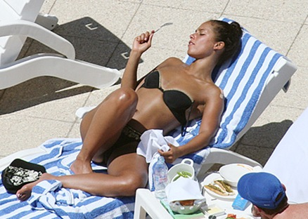 Fotos de Alicia Keys en bikini