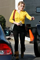 hilary-duff-acting-studio 22