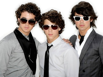 jonas-brothers-teen-vogue-45585