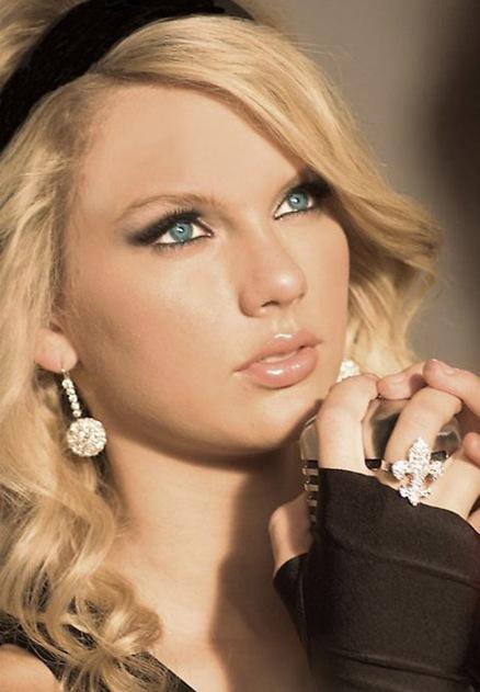"""Taylor Swift habla de su nuevo video """" White Horse"""""""