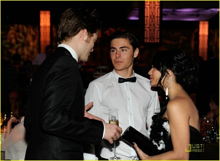 robert-pattinson-oscar-party-04