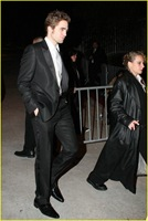 robert-pattinson-oscar-party-09