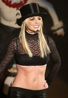 britney-spears-circus-tour