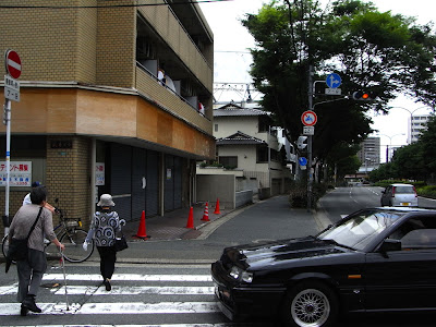 semáforo, 信号機, 信号, traffic lights, cruce, 交差点, crossing, calle, street, 道路