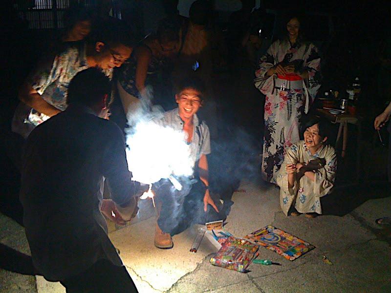Studio Kura, 糸島, Itoshima, somen, そうめん流し, fuegos artificiales, 花火, fireworks
