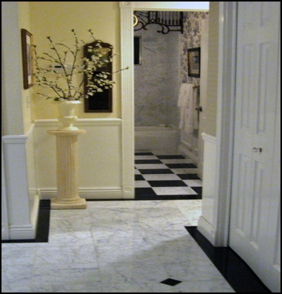 entry hall to guest bath (499x796)