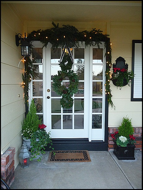 christmas porch 2010 016