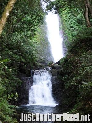 Kabigan Falls in Pagudpud, Ilocos Norte - JustAnotherPixel.net