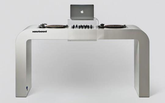 dj table 01 curatedmag Hoerboard Table