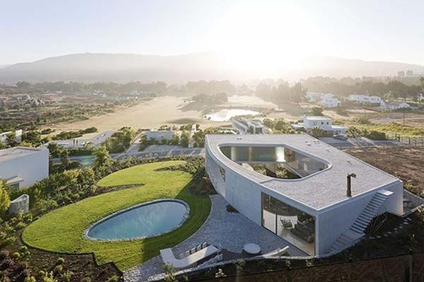 white O residence 1