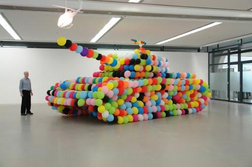 http://lh3.ggpht.com/_bKN77pn74dA/S46DlnG2AaI/AAAAAAAADRY/u58LaQJj3B0/_german_panther_2007_luftballon_luft_kleber_balloon_air_glou_960_x370_x_300cm-l.jpg