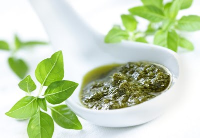 Gourmet Barbecue: Basil Pesto
