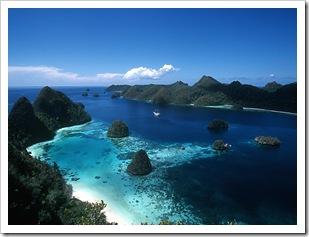 raja_ampat_travelling