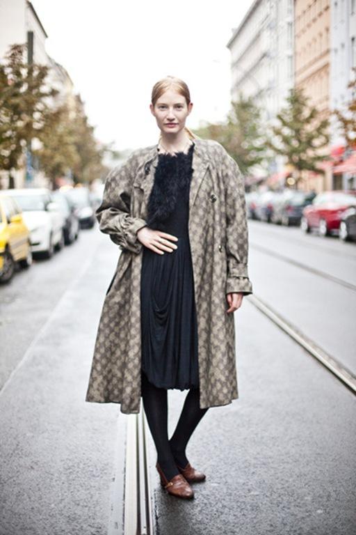 glamcanyon image of an oversized coat