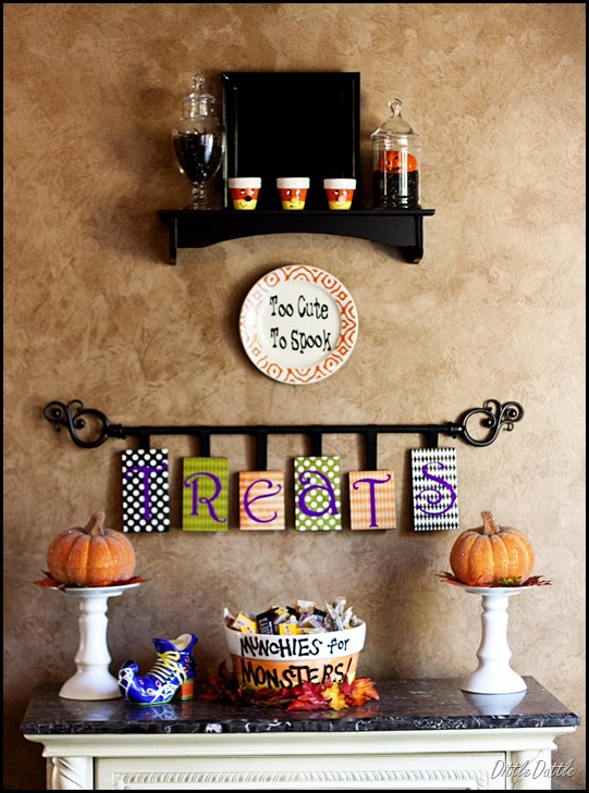 Halloween Treat Table