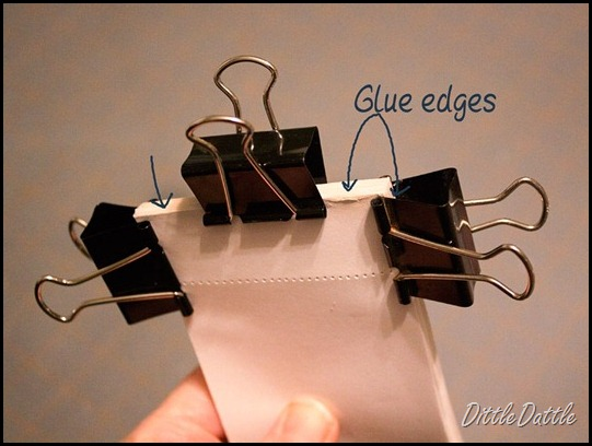Glue-paper-together-to-make-a-memo-pad