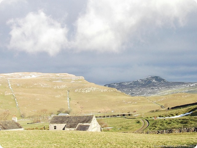 penyghent and moughton scar
