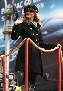 ashley-tisdale-macys-parade-1122-5