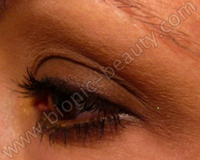 Warm smokey brown eyeshadow look by Bionic Beauty
