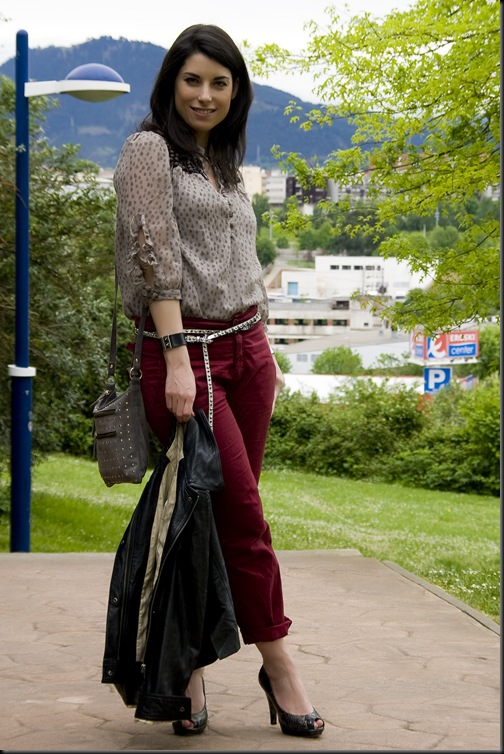 Pantalon rojo 03