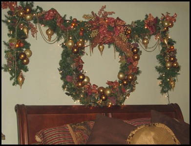 wreath over bed in MBR