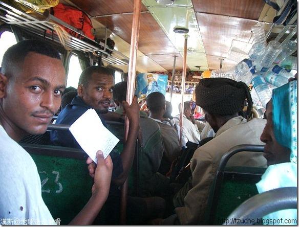 01_旅遊照片- 衣索比亞公車