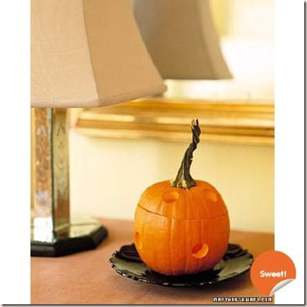 Halloween-Decorating_03C56E01-Sweet!-orange