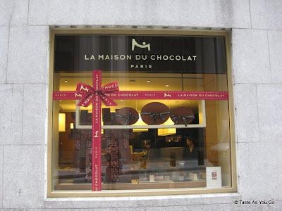 Exterior-La-Maison-Du-Chocolat-New-York-NY-tasteasyougo.com