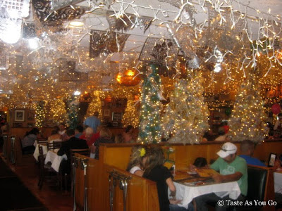Christmas-Themed Room at Mi Tierra Cafe & Bakery in San Antonio, TX - Photo by Taste As You Gou
