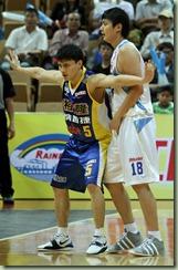 裕隆陳志忠(左)達欣陳子威(右)