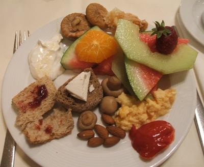 divani breakfast