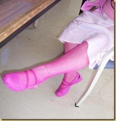 Glenda pink sexy legs