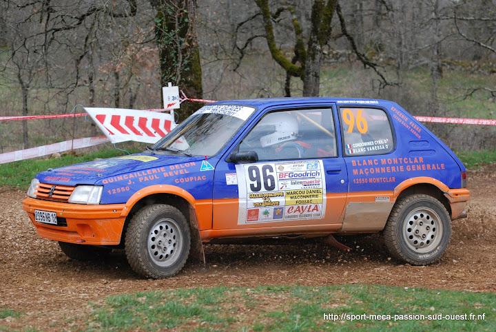 Cyril CONDOMINES - Vanessa BLANC - 205 GTI F214 Rallye%20Terre%20des%20Causses%202010%20267