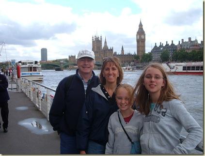London 8-08 028