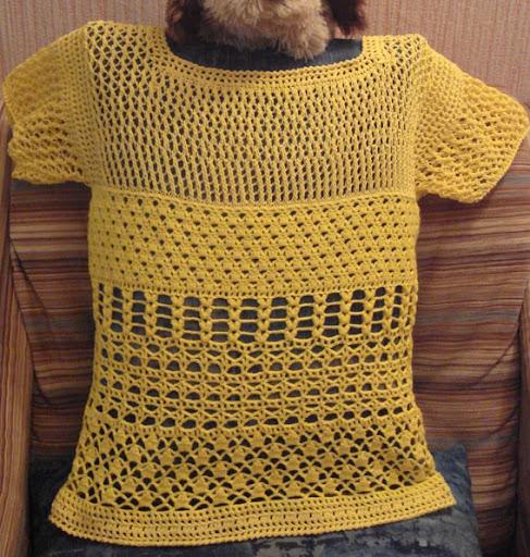 ملابس كروشيه للبنات جديدة Bluza_amarela_costas.jpg