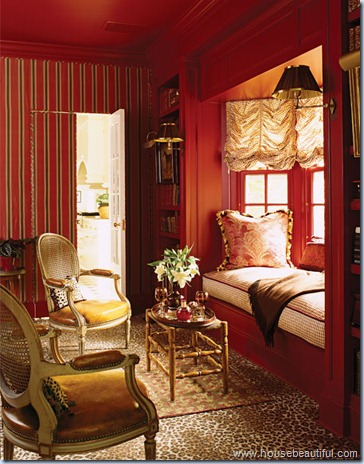 red-bedroom-0407-xlg-1906593