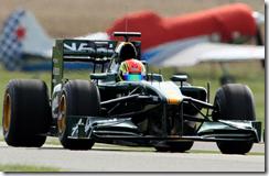 Nabil Jeffri al volante della Lotus