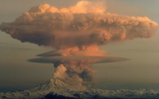 volcanic eruption cloud