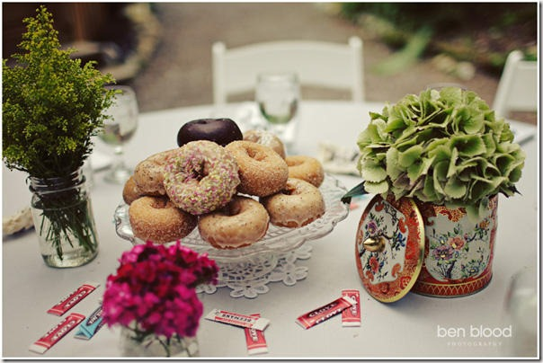 wedding-doughnuts