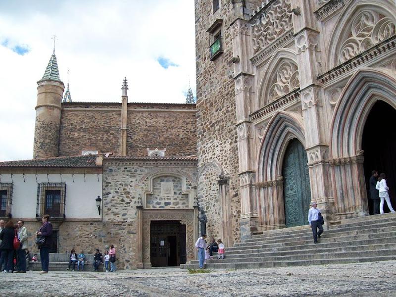 La Puebla de Guadalupe, Guadalupe, es su monasterio y mucho más (mayo ...