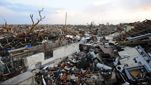 Tornado hits Joplin  Mo  Framework  Photos and Video  Visual Storytelling from the Los Angeles Times