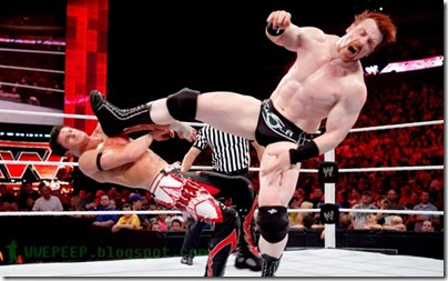 Sheamus - Brogue Kick